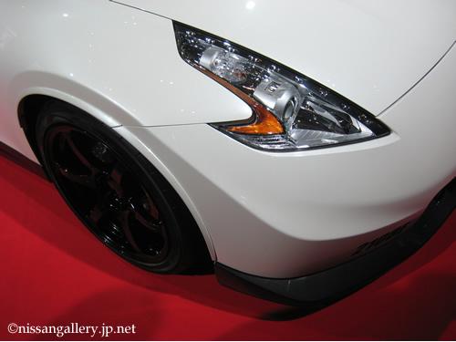 ブレーキだけで111万円のフェアレディZ 東京オートサロン2013