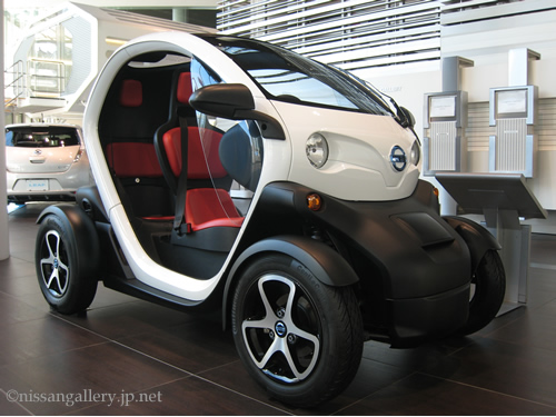 実はルノーが開発しました。超小型車「New Mobility CONCEPT」