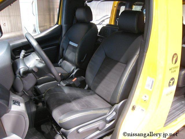 日産 NV200 ニューヨーク市タクシー 運転席