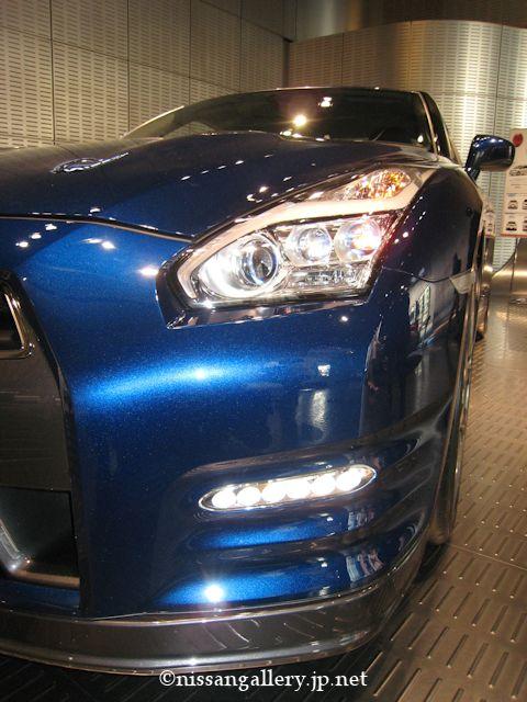 GT-R 2014モデル LEDヘッドランプ
