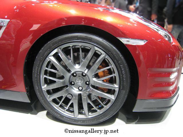 日産 GT-R ディーラーオプション レイズ製ダブルスポークアルミ鍛造ホイール(ハイパーブルーブラッククロームカラーコート)