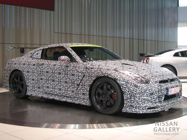 GT-R NISMO世界最速記録車を展示