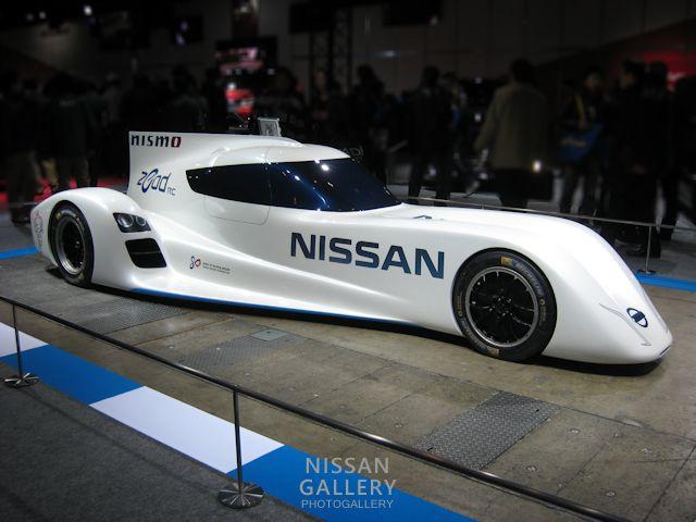 電力駆動のレーシングカーを東京オートサロン2014で展示