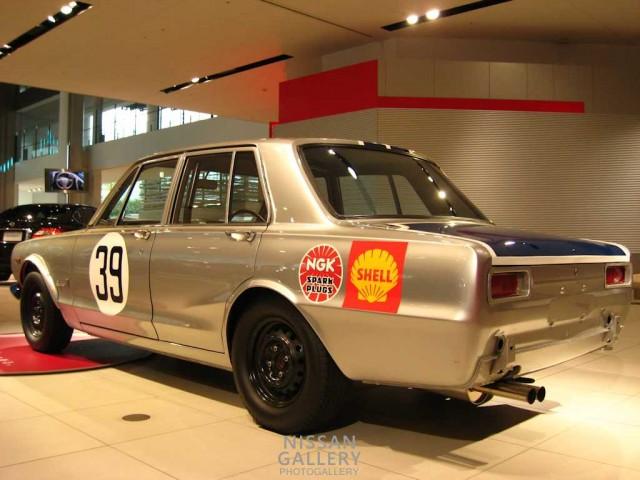 スカイライン2000GT-R'69JAFグランプリレース優勝車レプリカ