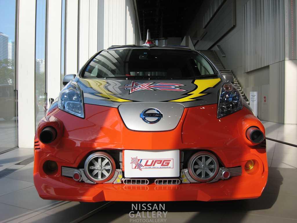ウルトラマンギンガSの劇用車を展示