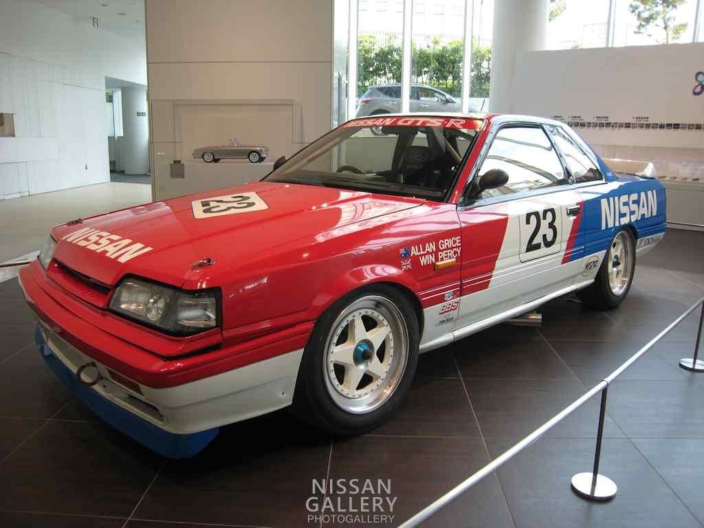 ニスモ30周年記念展示でスカイラインGTS-Rのレース仕様車を展示