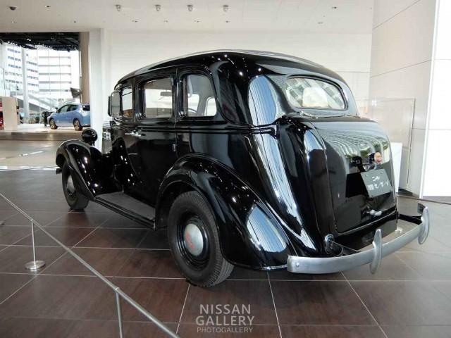 ニッサン70型乗用車