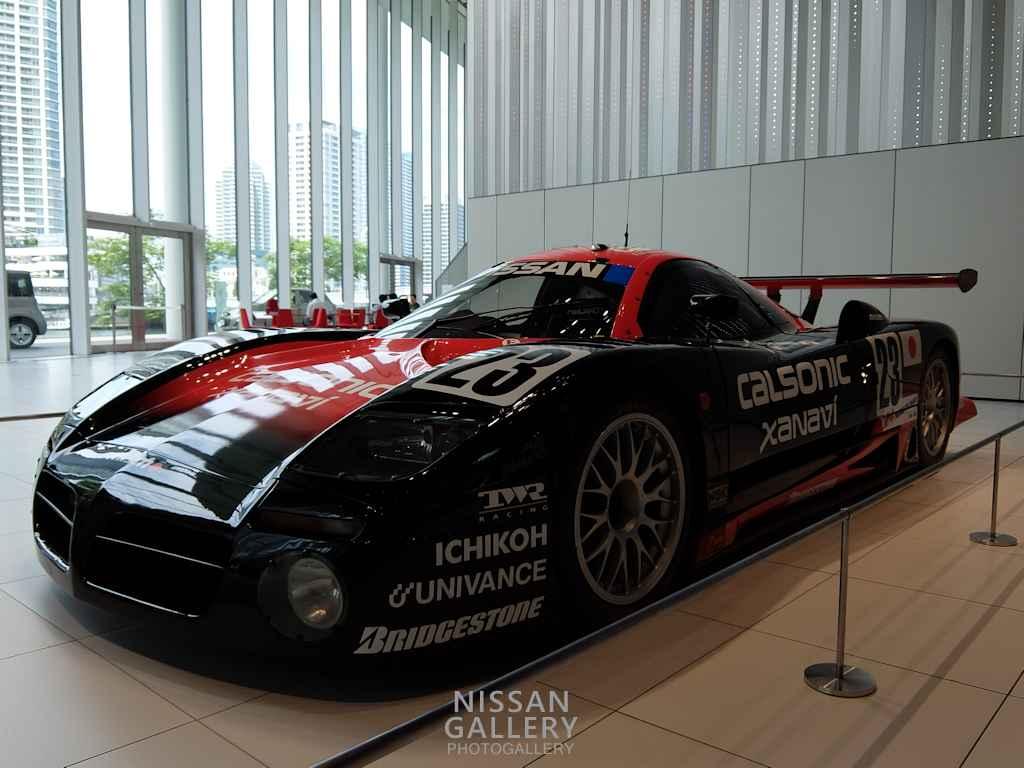 日産 R390GT1 1997年モデルを展示