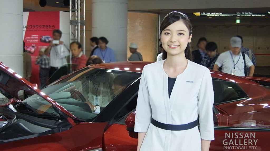 日産 株主総会 ミス・フェアレディのプレゼン動画