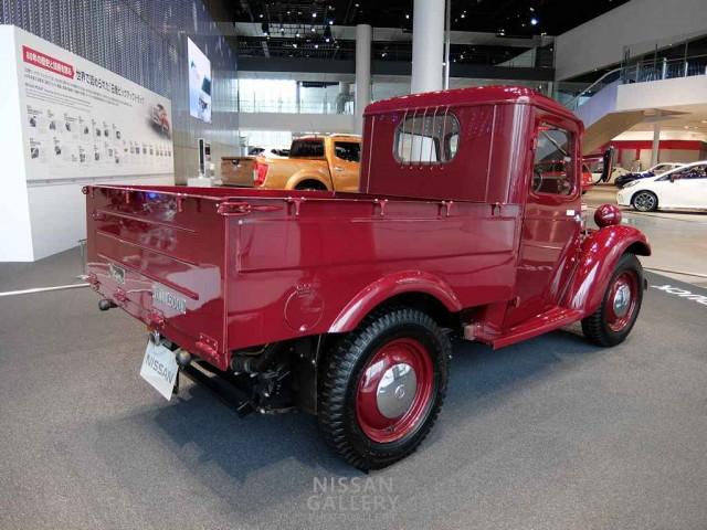 ダットサントラック 6147型
