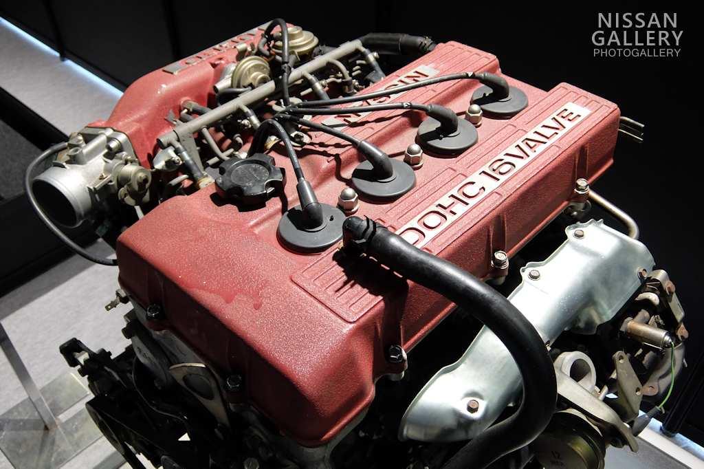 日産 FJ型エンジンを展示