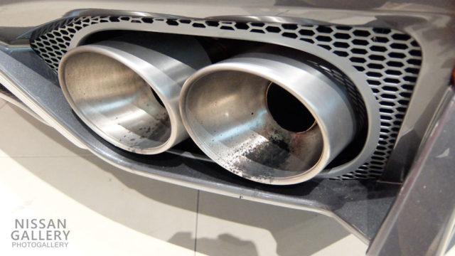 日産GT-R マフラー
