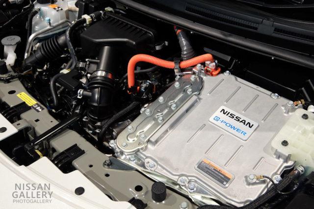 日産ノート e-POWER NISMO SのHR12DEエンジンとEM57モーター