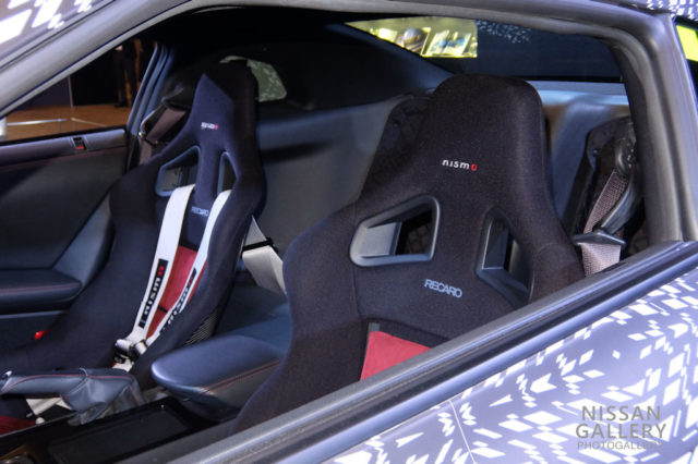 GT-Rニスモ レカロ製フルバケットシート