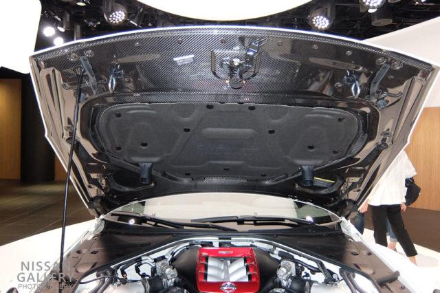 GT-R NISMO 2020年モデル カーボンボンネット
