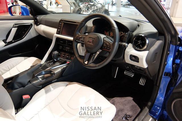 NISSAN GT-R 2020年モデル 内装